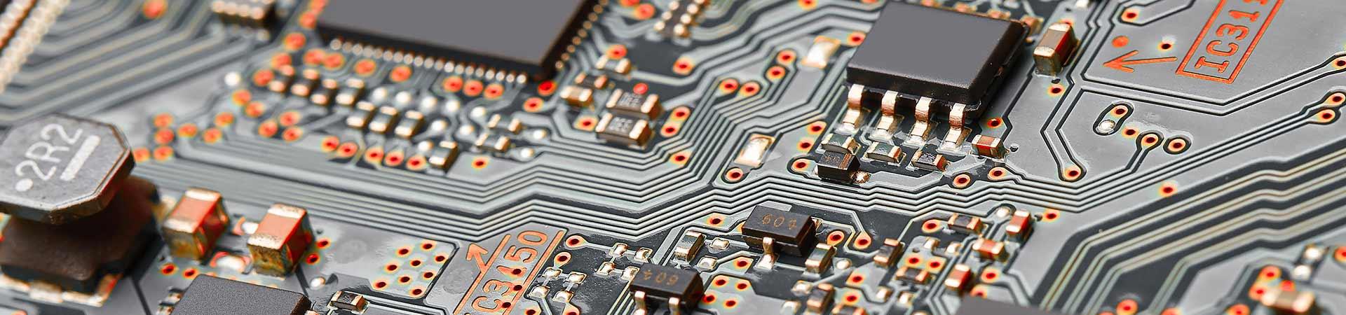 プリント基板設計データの活用 シミュレーションで信頼性を高める